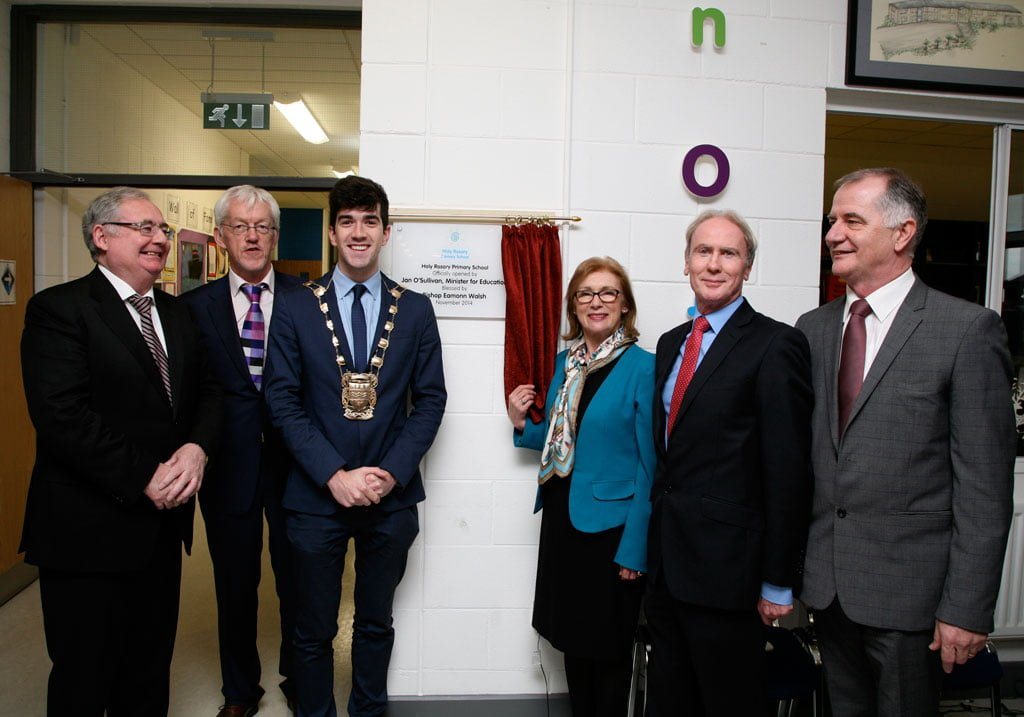 The Minister officially opens our school! Pat Rabitte TD, Max Cannon, Fintan Warfield [Mayor],  Minister of Education Jan O'Sullivan, Eamon Maloney TD, Sean Goan [Chairperson School Board of Management]
