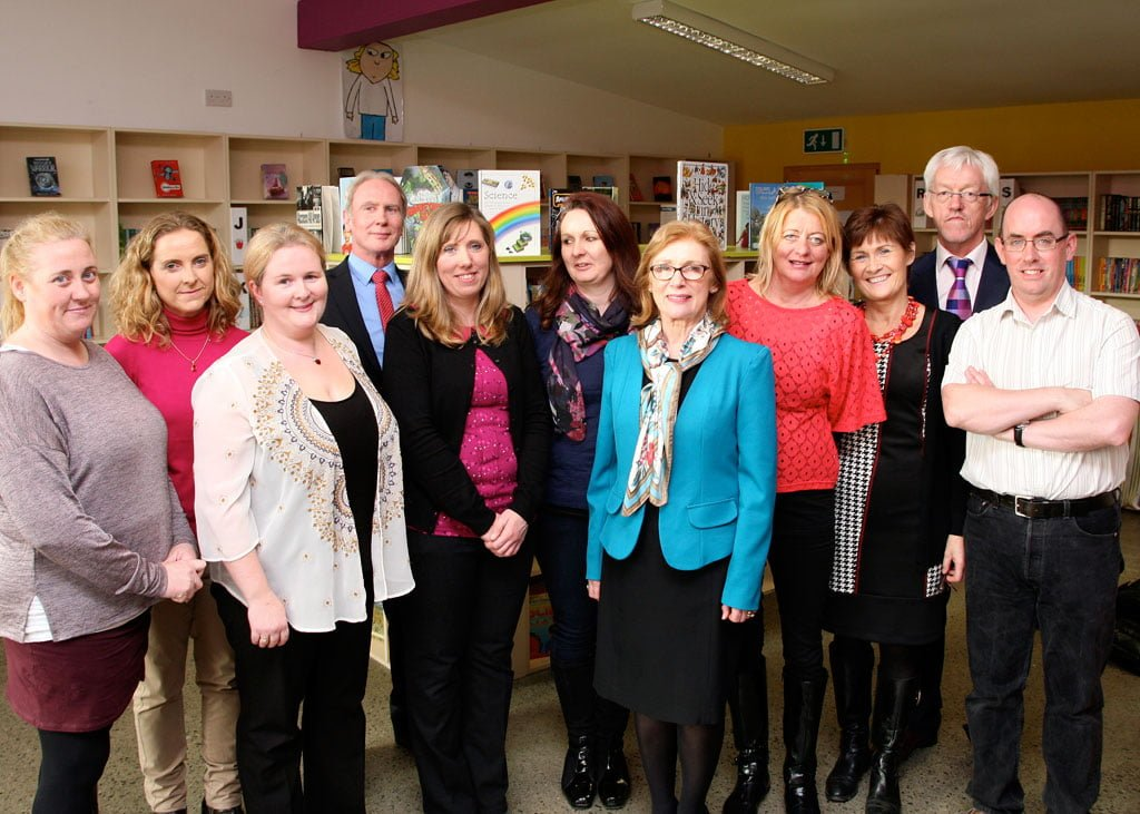 Holy Rosary Primary School The Minister meets the School Library Team